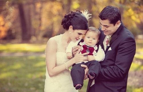 bride-groom-baby-wedding-portrait-500x333-500x320
